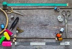 Nähende Ausrüstung, Werkzeuge Stockbilder