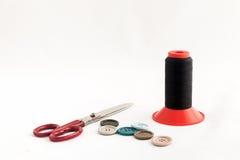 Nähende Geräte, Scheren, Thread, Knöpfe Lizenzfreies Stockfoto