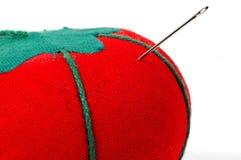 Nähende Tomate lizenzfreies stockfoto