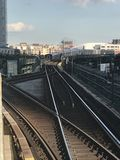 Nähernder Zug an Queensboro-Piazza Lizenzfreie Stockbilder