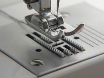 Nähmaschinenahaufnahme Lizenzfreie Stockbilder