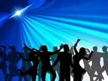 När du dansar partiet indikerar den gladlynta nattklubben och firar Arkivfoto