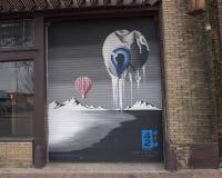 `, när jag ser dig mig, smälter `-väggmålningen av Chad Michael, djupa Ellum, Texas Royaltyfri Bild