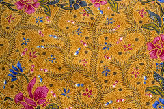 Nära övre blått och den röda blomman mönstrar Royaltyfri Fotografi
