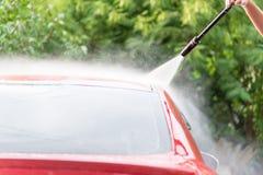 Nära övre för biltvätt Arkivbilder