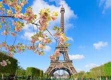 Nära övre för Eiffeltorn, Frankrike fotografering för bildbyråer