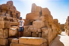 Nära fördärvar i luxor, Egypten Arkivbilder