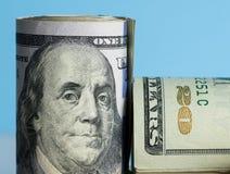 Nära makro av Benjamin Franklin på USA 100 dollar anmärkning Royaltyfri Foto