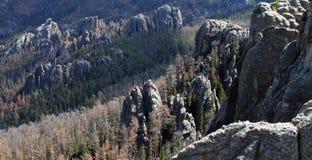 Nära och avlägsna Rocks Royaltyfria Foton