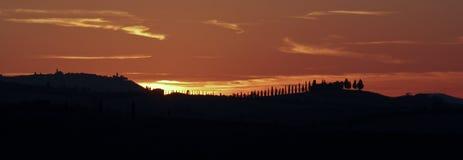nära pienzasolnedgången tuscany Royaltyfri Fotografi