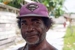Nära stående av den infödda mannen, som bor i famön, raja a Arkivbilder