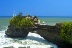 Nära Tanah mycket, Bali. Fotografering för Bildbyråer