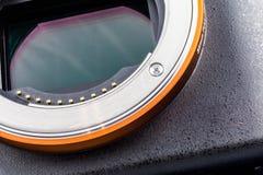 Närbild av avkännareplattan av en kamera med denram avkännaren arkivbild