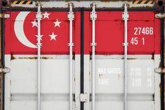 Närbild av behållaren med nationsflaggan arkivfoton