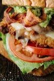 Närbild av BLT-smörgåsen med höna och avokadot Fotografering för Bildbyråer