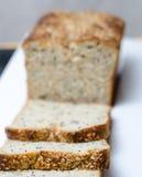 Närbild av brödskivor Arkivfoton