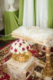 Närbild av bukettgarnering för att hälla för hand Royaltyfria Bilder