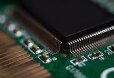 Närbild av datormikrochipens, makro, strömkrets royaltyfria bilder