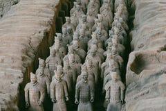 Närbild av den berömda terrakottaarmén av krigare i Xian, Kina Arkivfoton