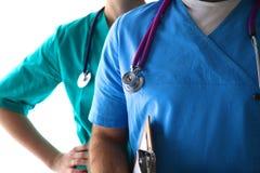 Närbild av den okända kvinnliga doktorn med stetoskopet Fotografering för Bildbyråer