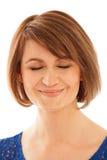 Närbild av den vuxna kvinnan med stängda ögon Arkivfoton