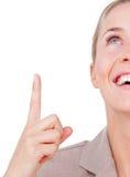 Närbild av en affärskvinna som uppåt pekar royaltyfri bild