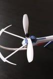 Närbild av för flygplanpropeller för rotor den obemannade quadrocopteren för blad Arkivbilder