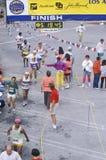 Närbild av folkmassan av löpare under den Los Angeles maraton, Los Angeles, Kalifornien Fotografering för Bildbyråer