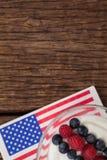 Närbild av fruktglass med 4th det juli temat Royaltyfria Foton