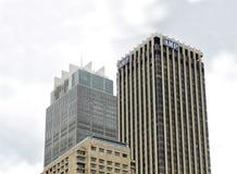 Närbild av interkontinentala skyskrapor - och ampere i Sydney, Au royaltyfri foto