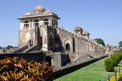 Närbild av Jahaz Mahal, Mandu Arkivbild