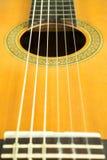 Närbild av klassiska gitarrrader Royaltyfria Bilder