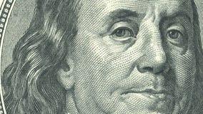 Närbild för 4 animeringar av Ben Franklin oss hundra dollarräkning arkivfilmer