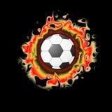Närbild för fotbollboll i flammor av brand Fotbollutrustning som isoleras på svart bakgrund Tecknad filmstil Arkivbild