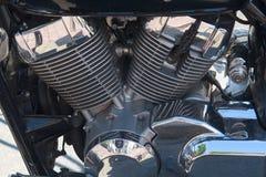 Närbild för väg för Chrome motormotorcykel Fotografering för Bildbyråer