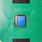 Närbild på en CPU-mikrochips Arkivbild