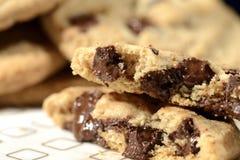 Närbilden av choklad gå i flisor kakor Fotografering för Bildbyråer