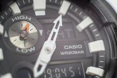 Närbildfoto av den svarta Casio G-chock klockan arkivfoto