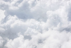 Närbildgrå färgmoln på himlen Royaltyfria Bilder