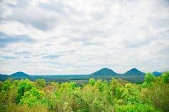 Närliggande Brisbane för glashusberg stad i Queensland, Australien Australien är en kontinent som lokaliseras i den södra delen a royaltyfri bild