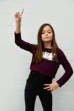 Näsvis tonåringflicka Royaltyfri Foto