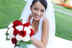nätt bröllop för asiatisk brud royaltyfria bilder