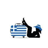 Nätt kontur för flicka med lopppåsen och grekisk flagga på den illu Royaltyfri Fotografi