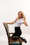 nätt kvinna för affär Arkivfoto