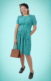 Nätt kvinna med kläder 1940 Royaltyfri Fotografi