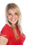 Nätt le kvinna i tillfällig röd skjortastående arkivfoton