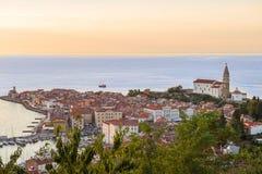 Nätt Pirano Piran stad i Slovenien royaltyfri bild