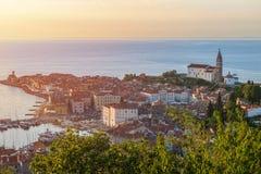 Nätt Pirano Piran stad i Slovenien arkivbilder