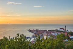 Nätt Pirano Piran stad i Slovenien royaltyfri foto