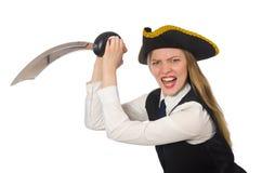 Nätt piratkopiera det hållande svärdet för flickan som isoleras på vit Arkivfoto